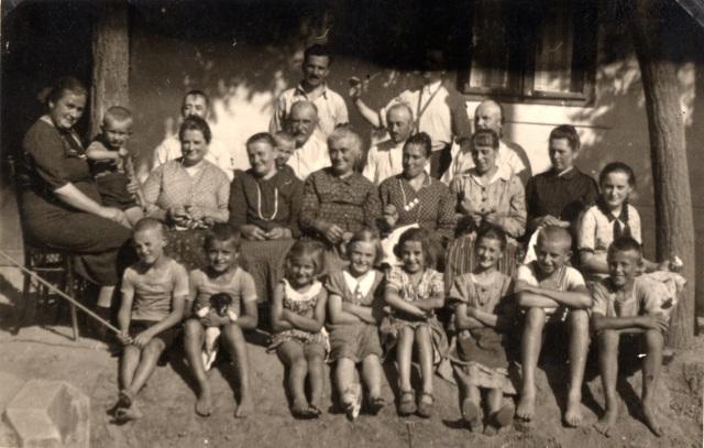 A Kossuth utca gyermekei 1937 körül