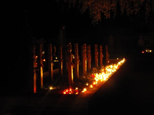 Az Eleken hősi halált halt II. Világháborús magyar katonák síremléke