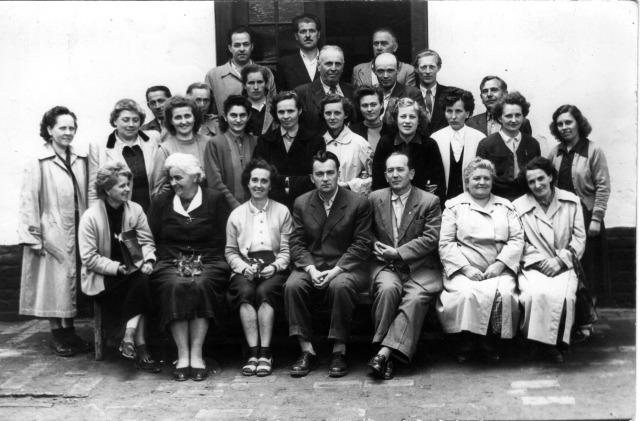 Az Eleki Általános Iskola tantestülete az 1960-as években, 1. kép