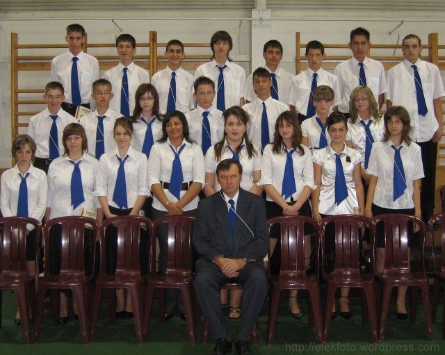A 2008. évi 8.A osztály, Zsidó Ferenc osztályfőnökkel.