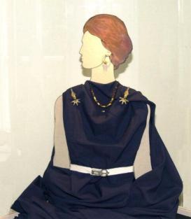 Gepida női viselet
