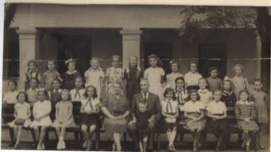 1956 júniusában készült harmadikos osztálykép