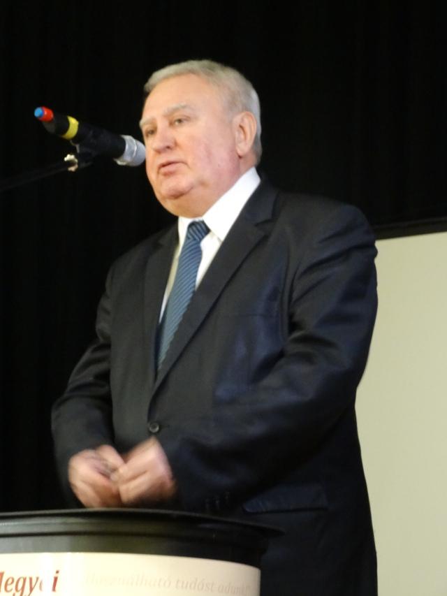 Dr. Kovács József, a körzet országgyűlési képviselője