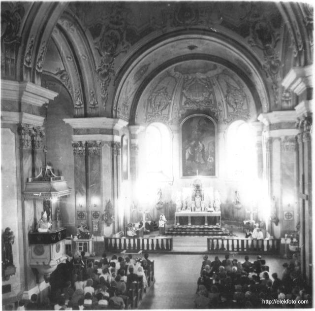 Püspöki mise az eleki templomban, 1940-1950 között