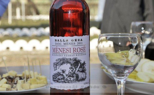 A híres ménesi borok egyike (A középkorban ez a borvidék  az egyik leghíresebb volt hazánkban!)