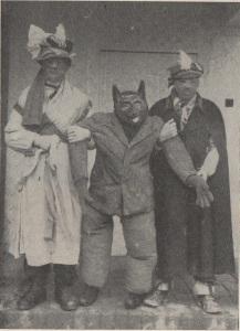 Ember testű báb farkas fejjel  Ethn.,1966, 15. Banner József felvétele