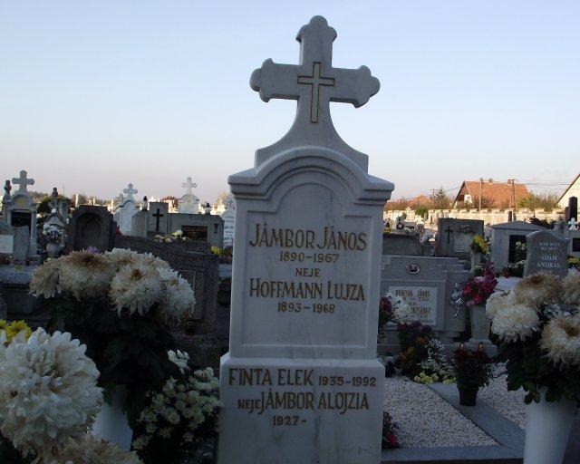 Finta Elekné szerettei az eleki temetőben nyugszanak