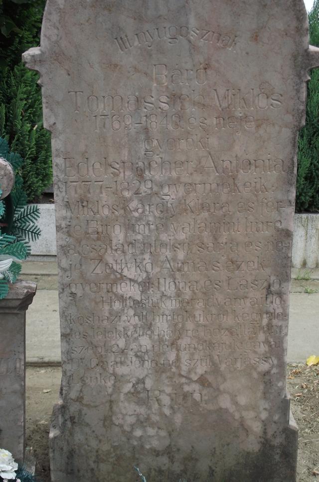 A gávai Dr.Gaál Jenőné szül. Varjassy Lenke által készíttetett felirat