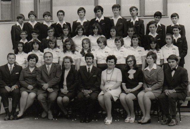 Általános Iskola, Elek 1974.június 8. 8.a osztály