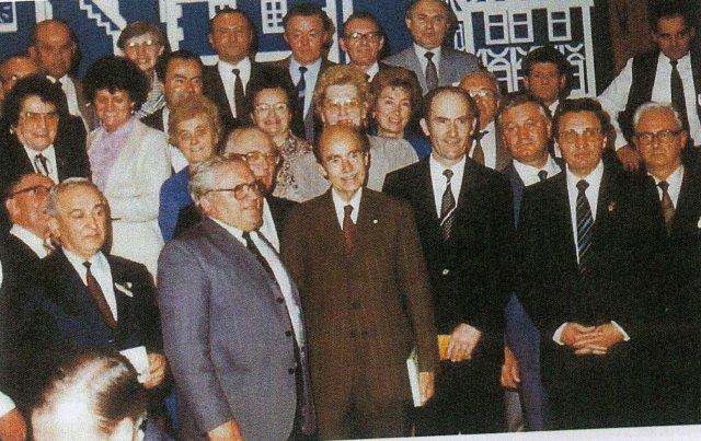 Otto von Habsburg díszvengégekkel és a Heimatkomitee tagjaival, Gerolzhofen, 1984. május